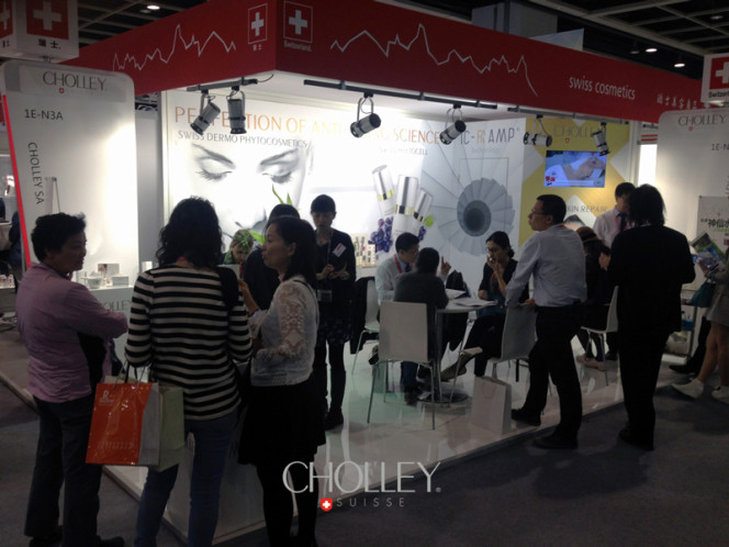 CHOLLEY@CosmoprofHK2015_little
