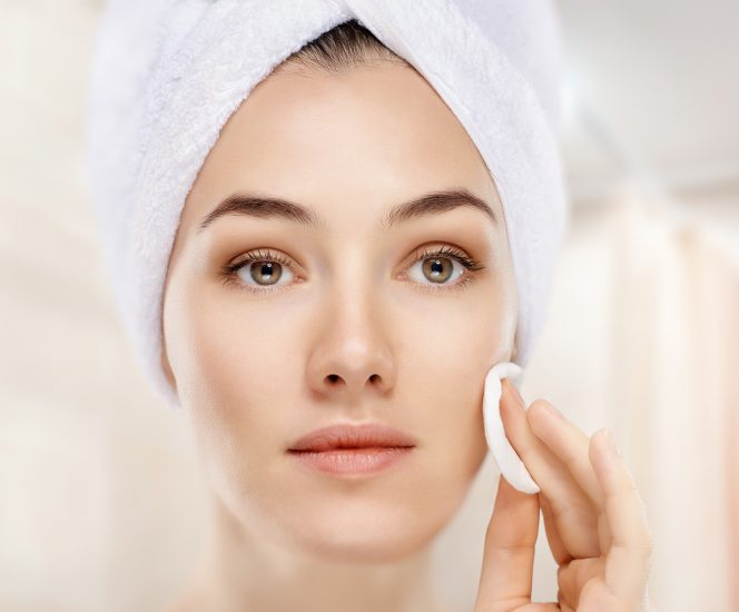 How to wash your face to get rid of acne